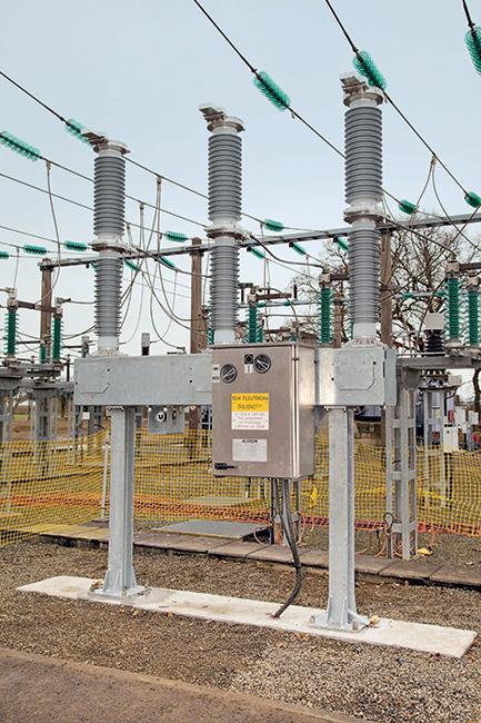 Replacing SF6 in high voltage circuit breakers | Think Grid